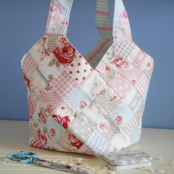 Midi Mondo bag made with Tanya Whelan fabrics